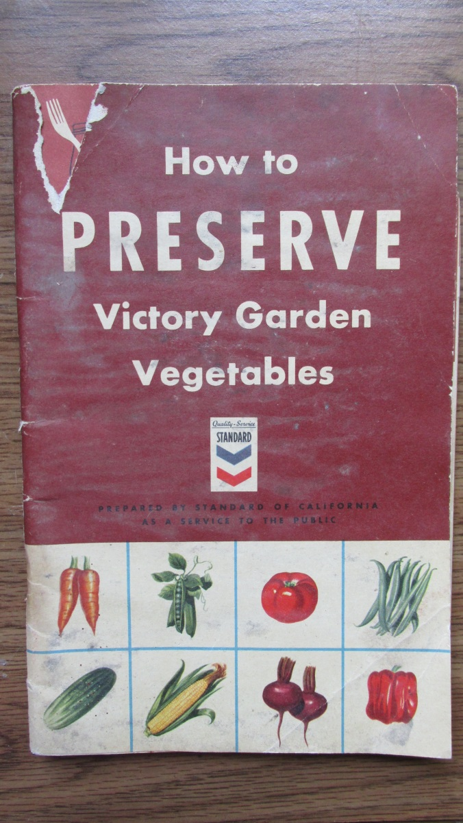 victory garden cookbook.jpg