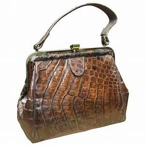 TT_handbag