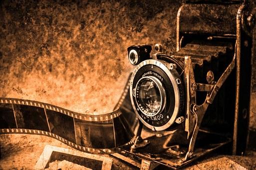 photo-camera-219958__340.jpg